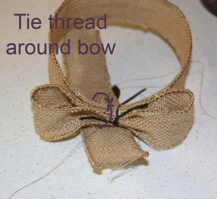tie-thread-around-bow