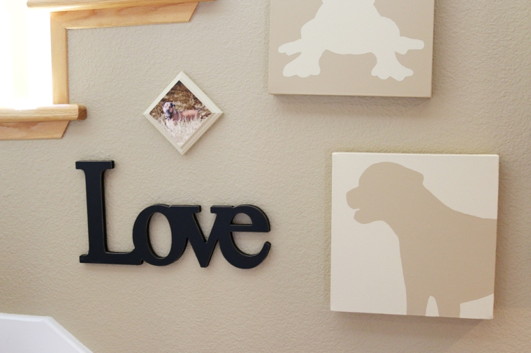 diy-photo-plaque-on-gallery-wall