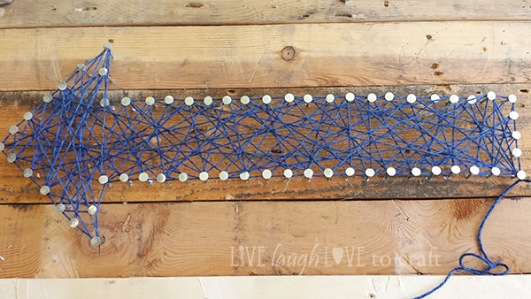 blog-pallet-sign-yarn-arrow