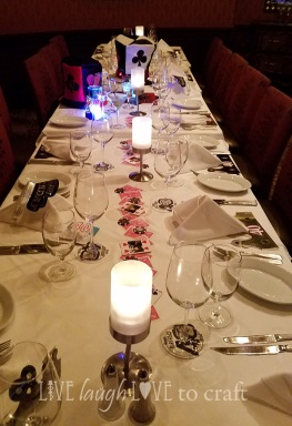 blog-vegas-party-table-decor.jpg