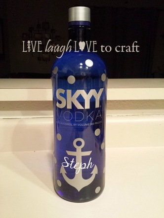 blog-custom-vodka-bottle-cricut-vinyl.jpg