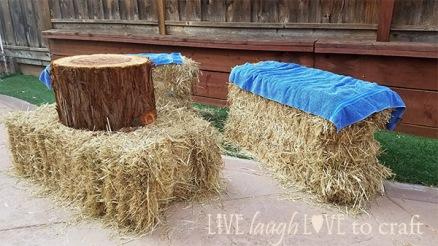 blog-straw-hay-bales-oktoberfest-theme-party-seating.jpg